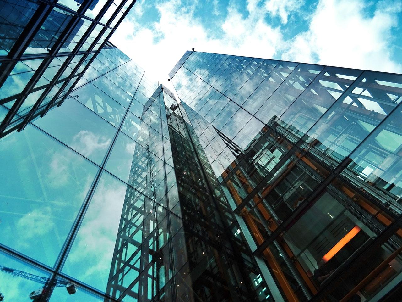 公司能源管理水準的提升可以節約公司運營成本